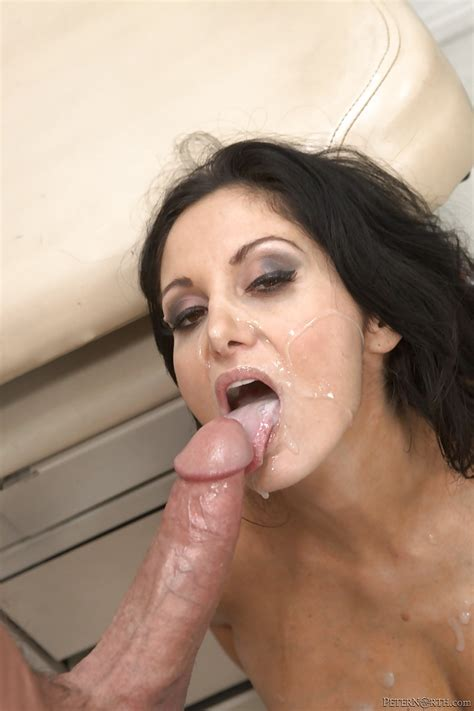 Sexy Milf Ava Addams Gives A Blowjob And Gets Banged Hardcore