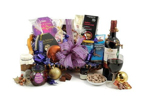 Pin Christmas-hampers-australia-corporate-gift-baskets