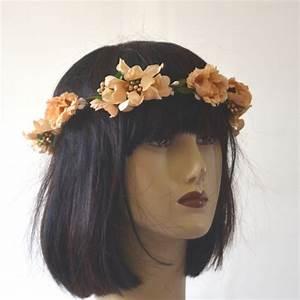 Couronne Fleur Cheveux Mariage : petite couronne de fleurs mariage abricot ~ Melissatoandfro.com Idées de Décoration