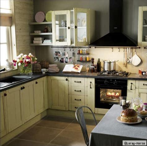 cuisine exemple amenagement aménager une cuisine fermée travaux com