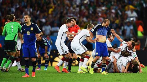 Es war das symbol des unbändigen titelwillens: WM Finale 2014 Livestream: Argentinien vs Deutschland ...