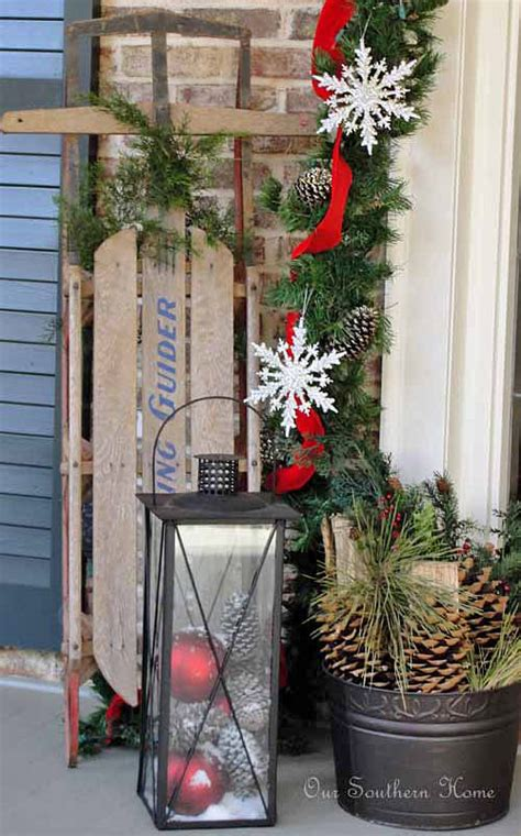 diy outdoor christmas decorating  garden glove