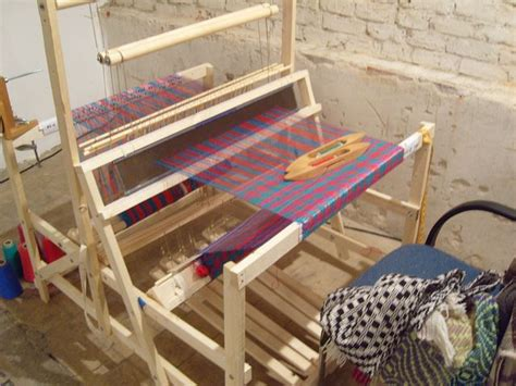 plans  build  collapsible loom  action weaver