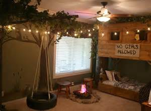 Redneck Bedroom by Treehouse Ideas For You And The Kids Total Survival