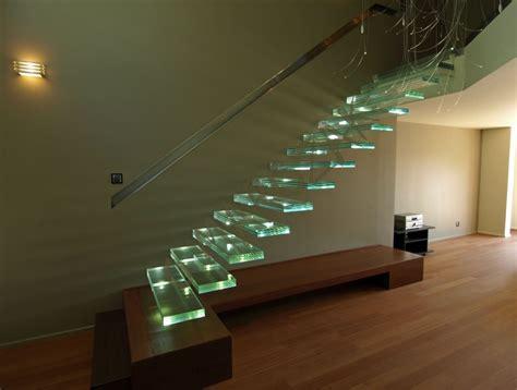 mur en verre interieur bcd escaliers design escalier moderne escalier contemporain escalier d escalier sur
