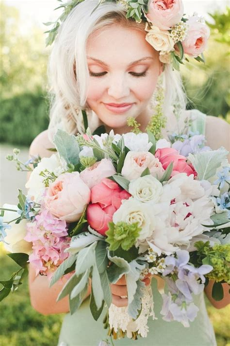 1000 Ideas About Coral Peonies On Pinterest Coral Roses