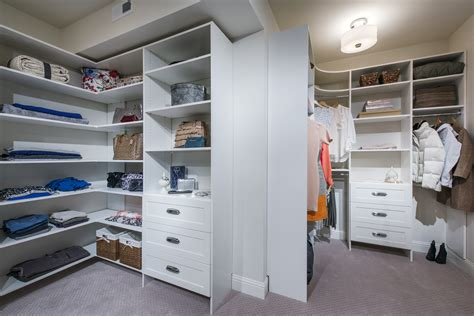 Closetmaid Dealers - closetmaid 174 supplies array of luxury closet systems for