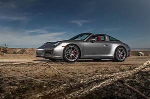 Porsche 911 Targa : 2017 porsche 911 targa 4s first test review full circle motor trend ~ Medecine-chirurgie-esthetiques.com Avis de Voitures