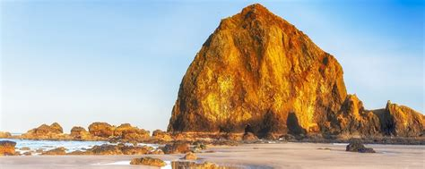 Why You Need To See The Amazing Haystack Rock In Oregon