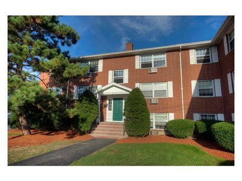 2 bedroom apartments lowell ma hadley park apartments rentals lowell ma apartments