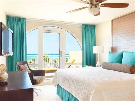 One Bedroom Deluxe Oceanfront Suite   La Cabana Beach