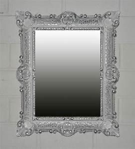 Wandspiegel Barock Silber : 54 besten mirror mirror bilder auf pinterest spiegel barock und wohnen ~ Whattoseeinmadrid.com Haus und Dekorationen