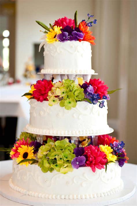 Hochzeitstorte Bunt Bildergalerie Hochzeitsportal24