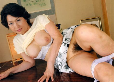 Asian milf japanese mature moms orgasm - hd pic