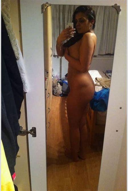 Hot Desi Indian Teen Girls Explicit Nude XXX Images