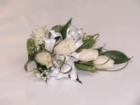 wedding corsages baton boutonnière