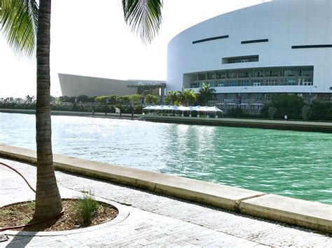 Boat Show Miami 2018 Collins by Water Taxi Stations A Travel Option For 2018 Miami Boat