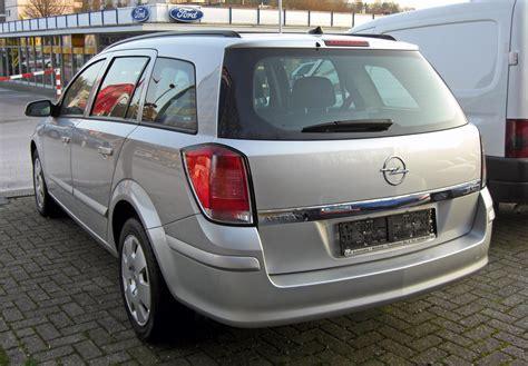 opel astra h caravan file opel astra h caravan 20090402 rear jpg wikimedia
