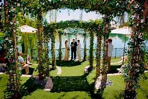 Outdoor wedding ideas you need to try caterers warehouse inc for Outdoor vegas weddings