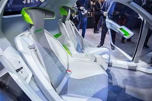 Voiture Volante Airbus : gen ve photos pop up la voiture volante d 39 airbus vole la vedette aux voitures classiques ~ Medecine-chirurgie-esthetiques.com Avis de Voitures