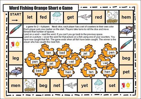 printable short vowel board games google search reading short vowels reading games
