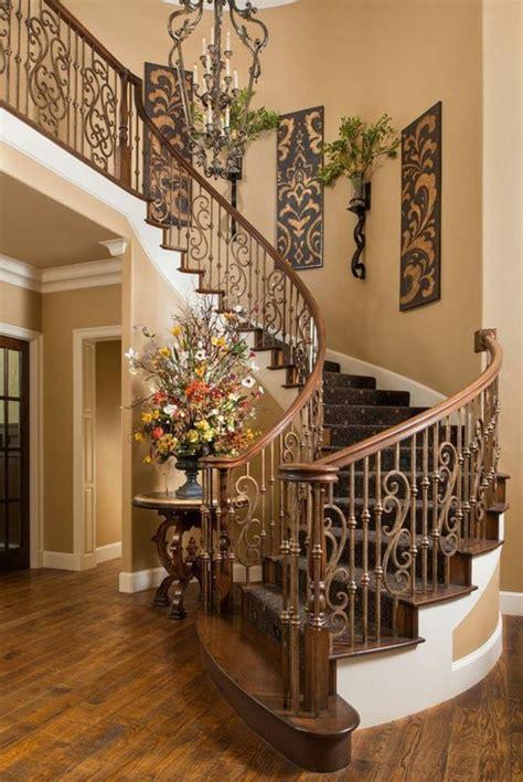 mit fotos dekorieren 50 bilder und ideen f 252 r treppenaufgang gestalten