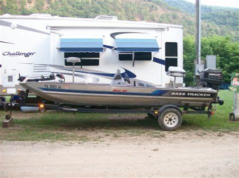 Used Aluminum Bass Boats For Sale In Va by 1995 Bass Tracker Pro17 Fishing Boat For Sale In Va