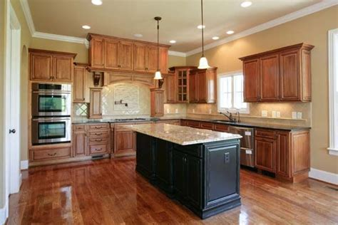 best color to paint kitchen cabinets for resale best kitchen paint colors with maple cabinets photo 21 9895