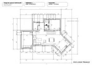 ophrey plan maison contemporaine bois toit plat