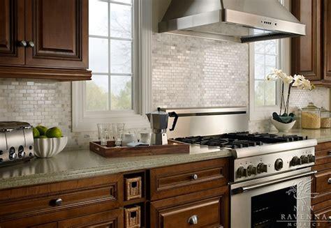 2x4 Tile Backsplash : Iridescent Kitchen Backsplash Design Ideas