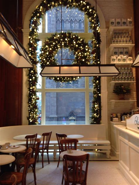 Cleaning And Revamping Your Home For The Holidays, New