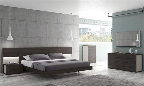 J&m Home Design : J&m Maia Platform Bedroom Set In Light Grey And Wenge
