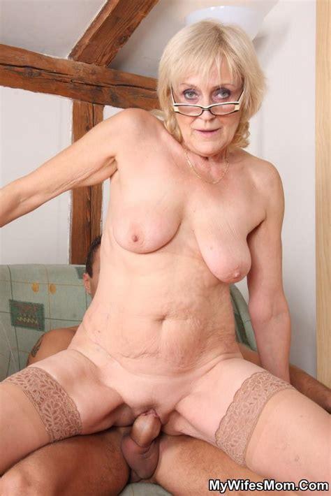 dirty mature blonde in glasses swallows her xxx dessert picture 15