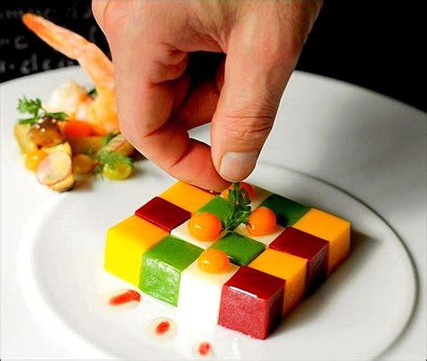 dressage des assiettes en cuisine j ai encore cassé mon rubik s cube en faisant la cuisine