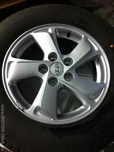 Hyundai Tucson Felgen 16 Zoll : biete hyundai 16 zoll original alufelgen wie neu biete ~ Jslefanu.com Haus und Dekorationen