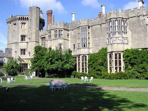 Thornbury Castle - Wikipedia