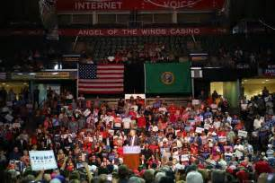 trump seattle donald rally times everett supporters trumps seattletimes