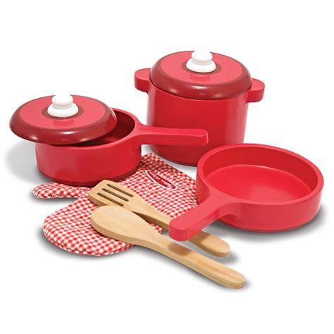 casserole et cuisine casseroles et ustensiles de cuisine en bois la f 233 e du jouet magasin de jouets en bois
