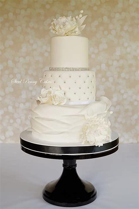 creative wedding cake ideas  tips deer pearl