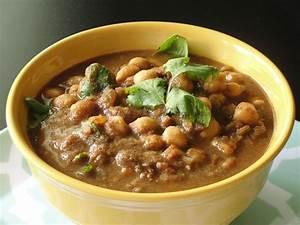 Krithi's Kitchen: Chole Masala / Channa Masala with Home ...