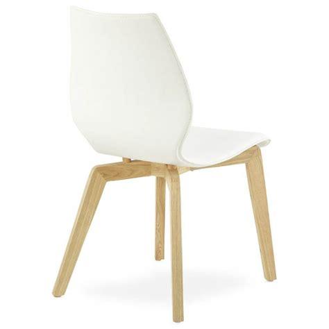 chaise vintage scandinave chaise vintage style scandinave marty en simili cuir blanc
