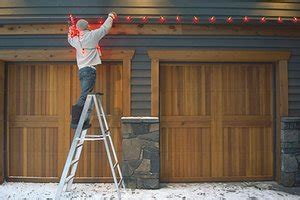 people who put up christmas lights the top 20 things that annoy us during the holidays