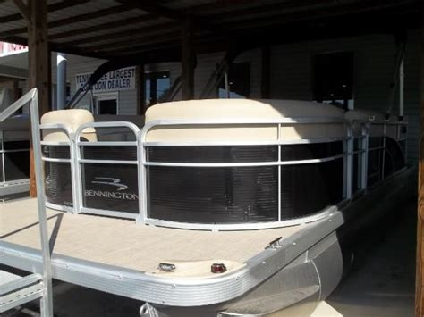 Used Pontoon Boats Kingston Tn by Pontoon New And Used Boats For Sale In Tennessee