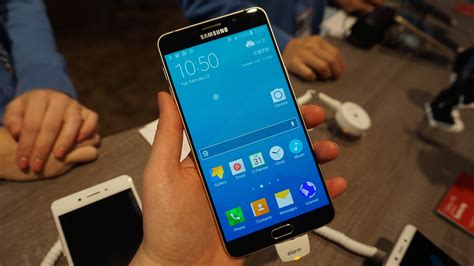 samsung galaxy  review hands    biggest