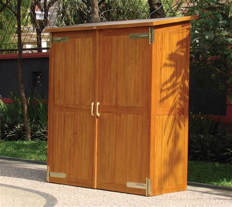armadi per esterno in legno armadio per esterno armadi di servizio armadio per