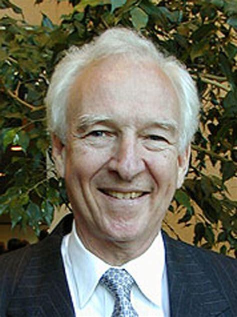 senator named sanders political leadership