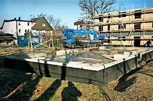 Häuser Für Flüchtlinge : kirchheim richtfest auf der klosterwiese landkreis esslingen stuttgarter zeitung ~ Yasmunasinghe.com Haus und Dekorationen