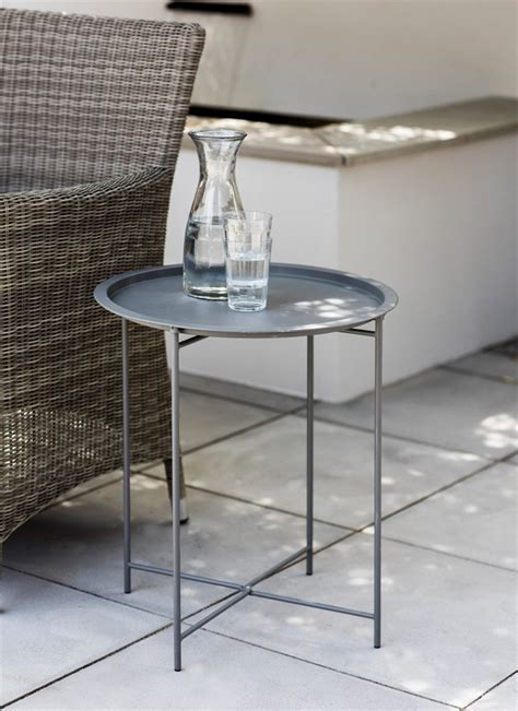 cuisine droite rive droite bistro tray table in charcoal steel garden