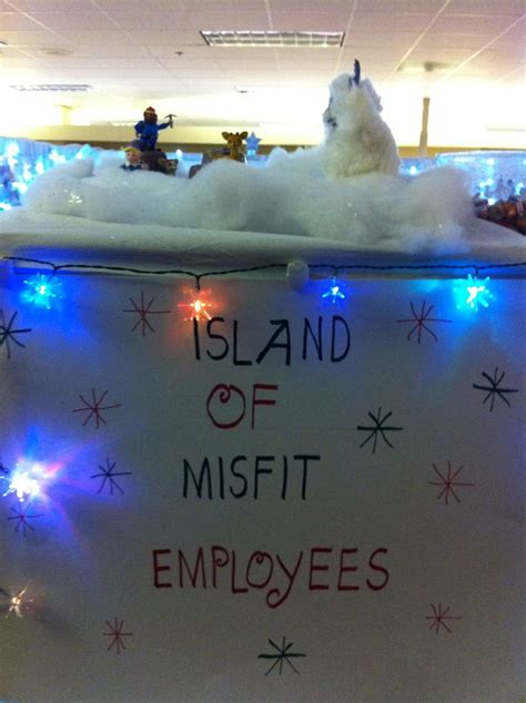 christmas decorations for the land of misfits island of misfit employees cubicle cubicle decorating the o jays
