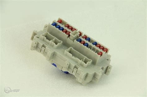 Fuse Box In Nissan 350z by Nissan 350z 03 07 Relay Fuse Box Am600 4c22 Auto